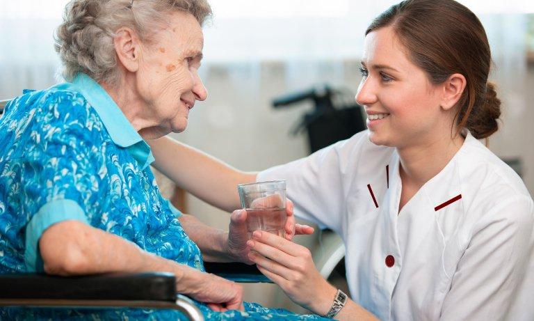 Cursos cuidador de idosos